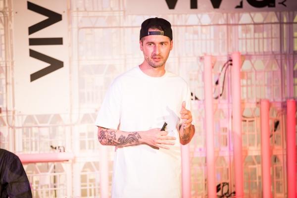 VIvid Sydney 2014 : Mike Giant and Joshy D - Rebel8